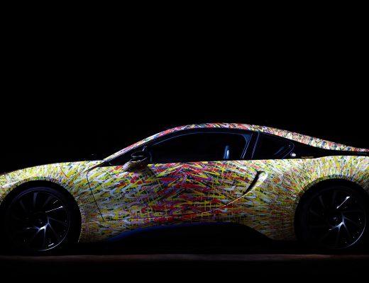 La BMW i8 incontra Giacomo Balla