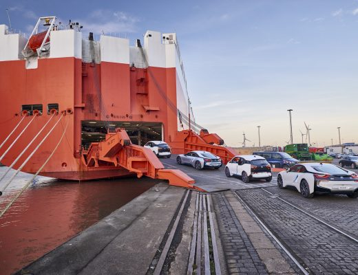 100 mila BMW elettrificate in strada