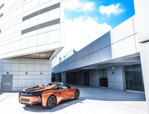 BMW Italia: una sede green con pannelli solari, energia da rinnovabili, postazioni di ricarica, flotta elettrificata.