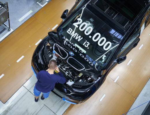 BMW festeggia 200mila BMWi3 elettriche prodotte a Lipsia