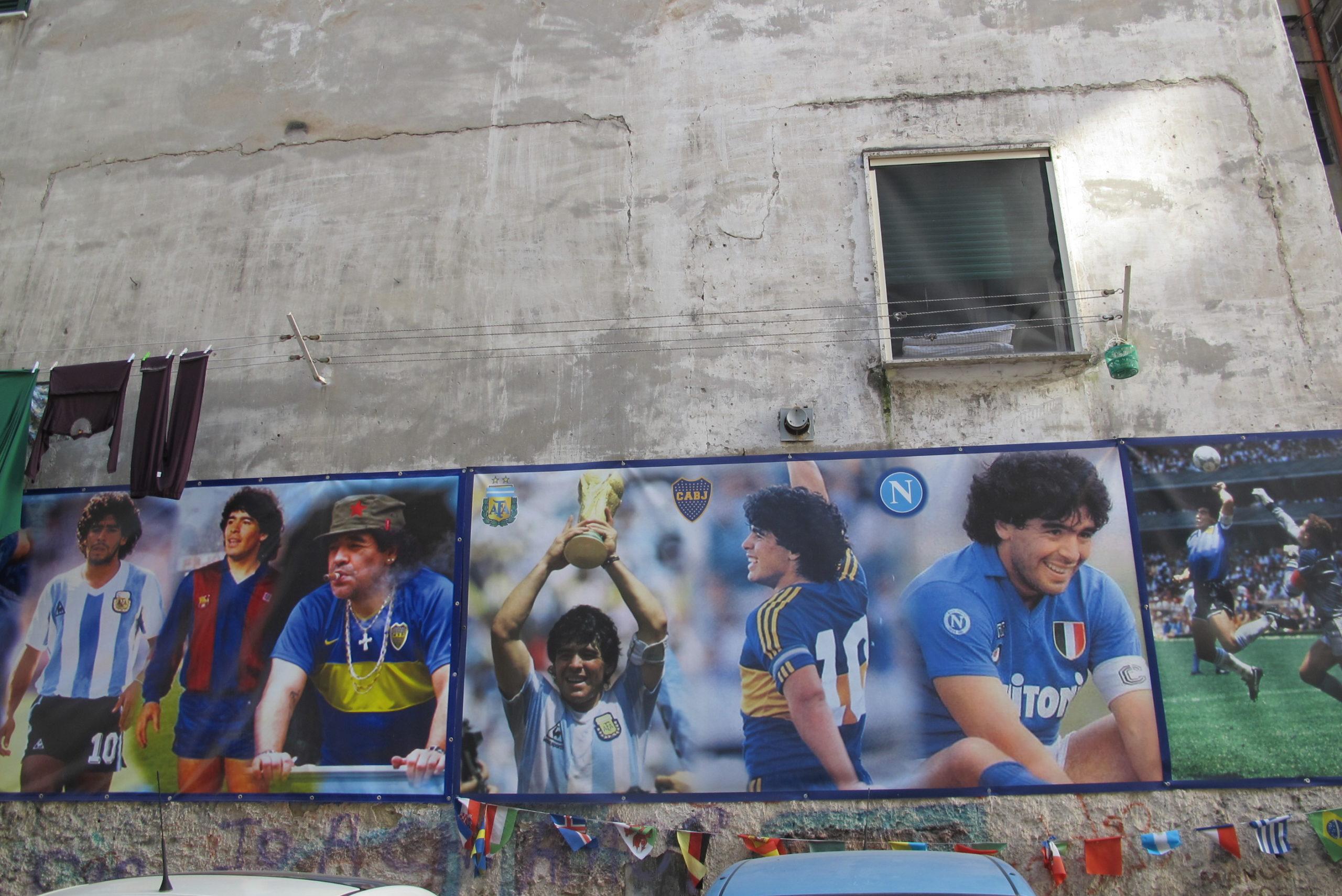 Napoli – Il fantasma di Diego. Il racconto di Giorgio Terruzzi dedicato a Maradona.