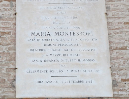 Chiaravalle - Maria Montessori in lutto